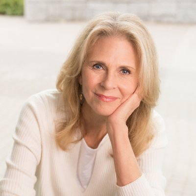 The 71-year old daughter of father (?) and mother(?) Lindsay Wagner in 2021 photo. Lindsay Wagner earned a  million dollar salary - leaving the net worth at  million in 2021