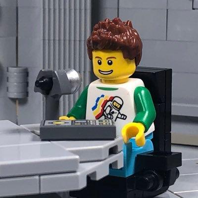 @Legopolis