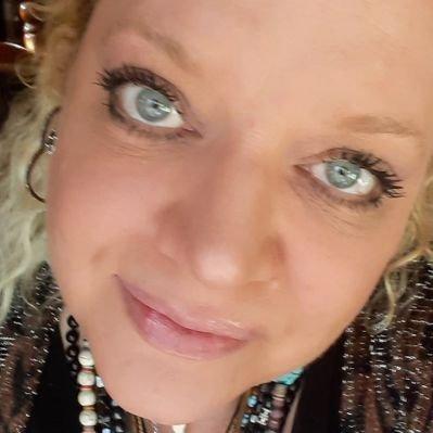 Jasmine Redfeather (@JasmineRedfeat1) Twitter profile photo