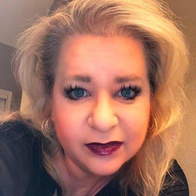 Lynn Bridgewater (@drbridgeh2o) Twitter profile photo