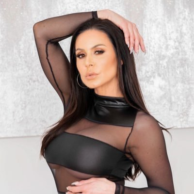 Kendra Lust™