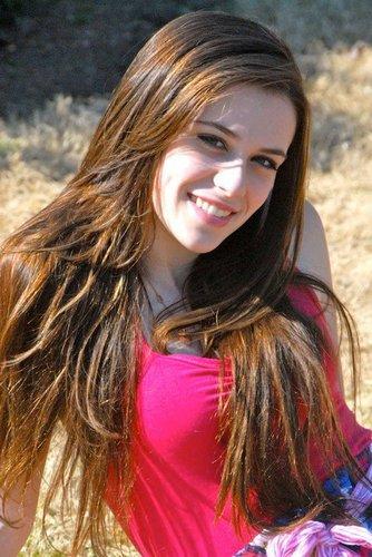 Caitlin Beadles On Twitter 13 Year Old Girl Now Vs Me As: Caitlin Beadles (@godsgirl8945)