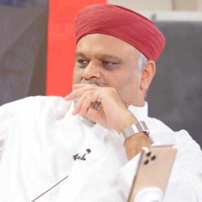 younusalgohar periscope profile