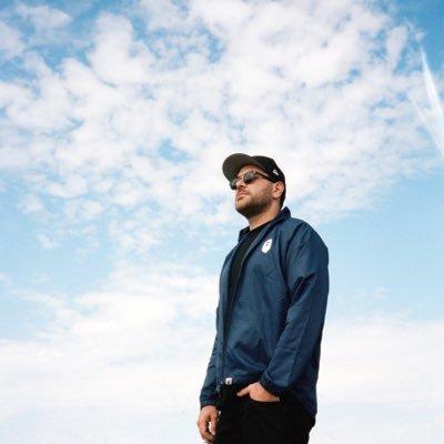 Writer, photographer and founder of  @SidewalkHustle.