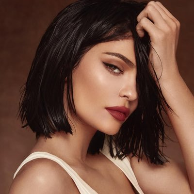 Kylie Jenner (@KylieJenner) Twitter profile photo
