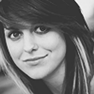 Sierra Kusterbeck Twitter Sierra Kusterbeck bt