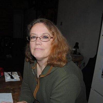 Kathleen White wird im Buero deftig durch gepoppt