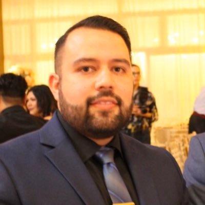 Omar Zavalza, LCSW (@MrZavalza )