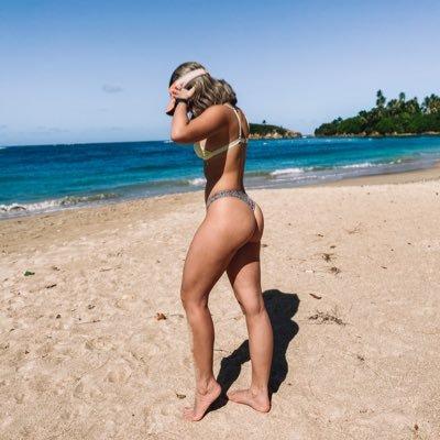 Bikini oma im Extreme bikini