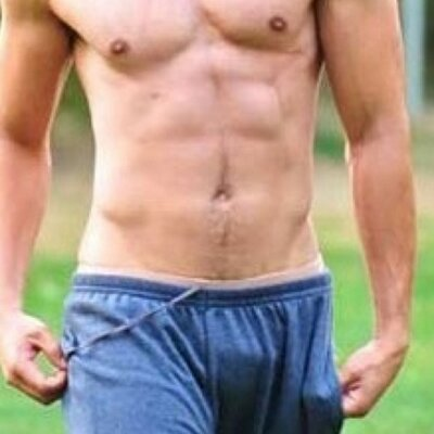 Does zac efron have a big dick, my drunk college wife
