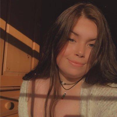 Maren (@momaren18) Twitter profile photo