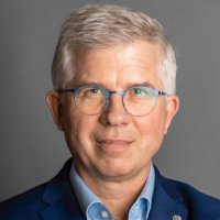 Prof. Dr. Andrew Ullmann