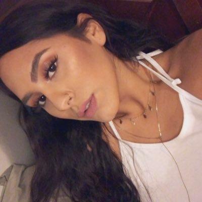 Selenass (@Selen_asss )