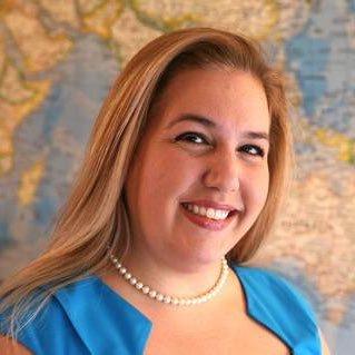 Vanessa M. Valle (@ValleReads) Twitter profile photo