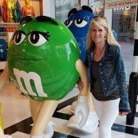 Michelle Kosieniak (@kosienm) Twitter profile photo