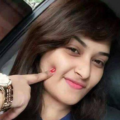 Divya Sharma 100% follow back