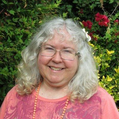 Lynn Miclea