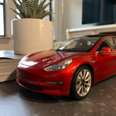 #TeamElon | FSD Beta! | Red Model 3 (Ruby) owner and, soon, CyberTruck (Rails) owner! | Software Engineer