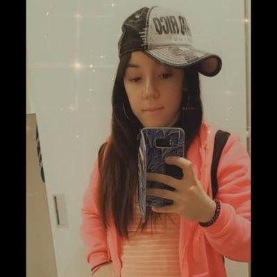 Mariel Ferry (@Mariel_Ferry) Twitter profile photo