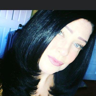 lynn Rich (@lynnrich5) Twitter profile photo