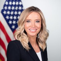 Kayleigh McEnany (@PressSec) Twitter profile photo