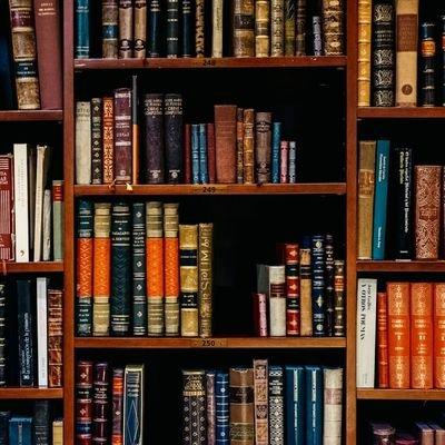 Bookcase Credibility (@BCredibility) Twitter profile photo