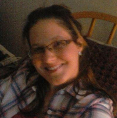 Valerie Glenn aka can I be your Mrs Hunter Hayes
