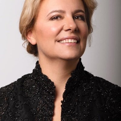 Paula Morna Dória