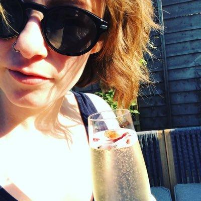 Laura Mallows (@laurajmallows) Twitter profile photo