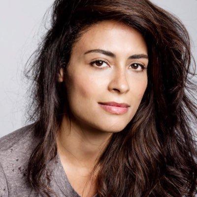 Al  Yasmine nackt Massri 'Quantico' Season