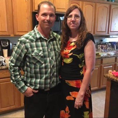 Wife, Mother, Grandmother and Self Employed Reseller. Steelers Fan & coffee ❤️ #resistor#Buildbackbetter #Biden/Harris #BLM #Democrat #Vote Blue   🌊🌊🌊🌊🌊