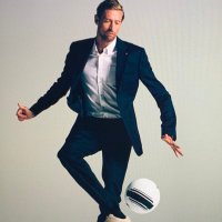 Peter Crouch (@petercrouch )