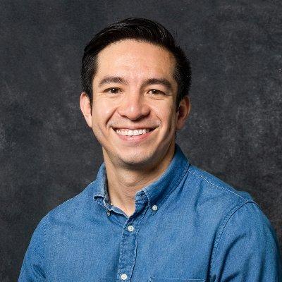 Adolfo Flores