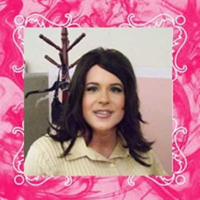 Sissy Crossdresser April Cozart