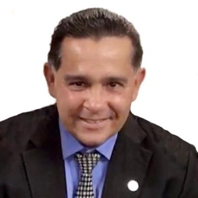 Raymond Orta M.