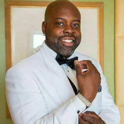 Black Columbo✊🏾 (@MrWilliams320) Twitter profile photo