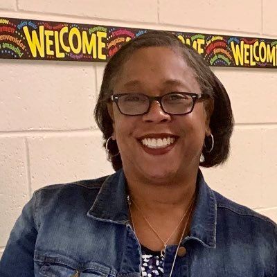 Camisha Davis (@cdprincipalmom) Twitter profile photo