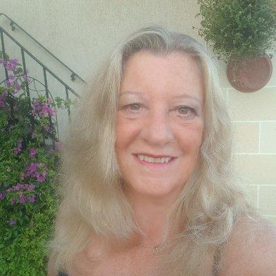 Amanda ZZ - Atkins (@AmandaZZ100) Twitter profile photo