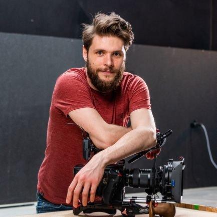 Creative Filmmaker   Youtuber   Entrepreneur