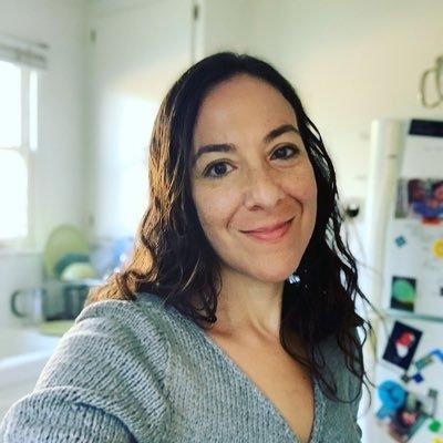 Sarah Tindal Kareem (@rabidduckwit) Twitter profile photo