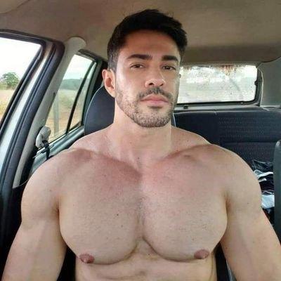 Com men hot Chevy Dealership