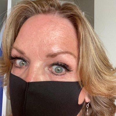 Connie Martinson (@ConnieMartinson) Twitter profile photo