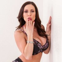 Kendra Lust Daily (@KendraLustDaily) Twitter profile photo