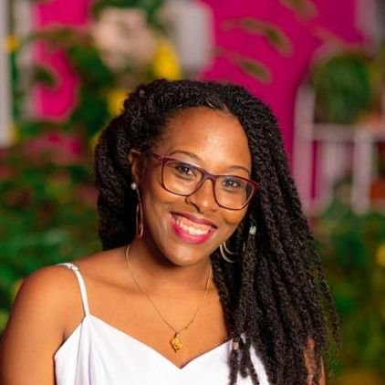 Bring me all the books! // Book Blogger // Reading Addict // She/Her  // Email: deereadsforfood@yahoo.com #CaribbeanTilIIDead #TriniToDeBone #BLSM #prochoice