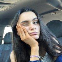 Bella ( @bellaabrookss ) Twitter Profile