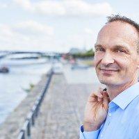 Dr. Stephan Weinberg