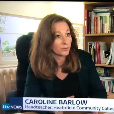 caroline barlow (@BarlowCaroline) Twitter profile photo