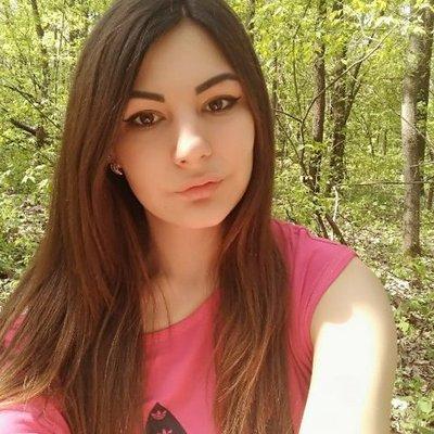Tia Kirk (@TiaKirk76542805) Twitter profile photo