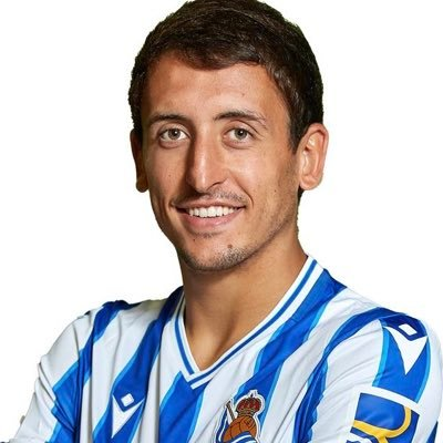 The 24-year old son of father (?) and mother(?) Mikel Oyarzabal in 2021 photo. Mikel Oyarzabal earned a 2 million dollar salary - leaving the net worth at  million in 2021