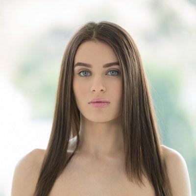 Lana Rhoades 4
